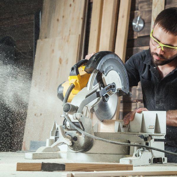Carpenter (Full Time)